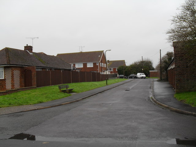 Looking from Holmes Lane into Sutherland Close