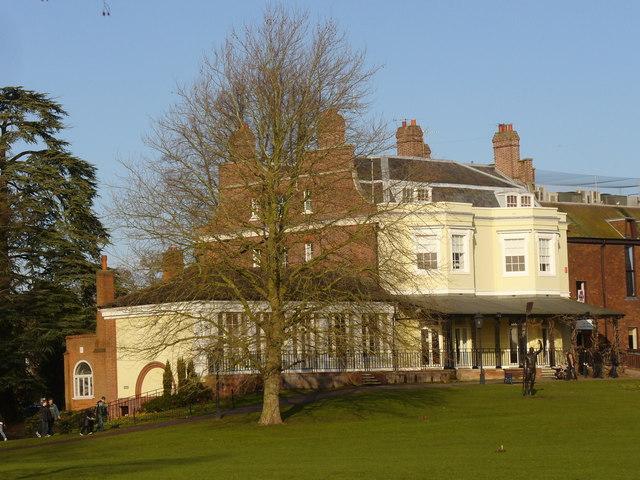 Court Garden, Marlow