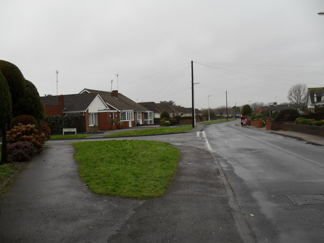 Approaching the junction of  Holmes Lane and Chanctonbury Road