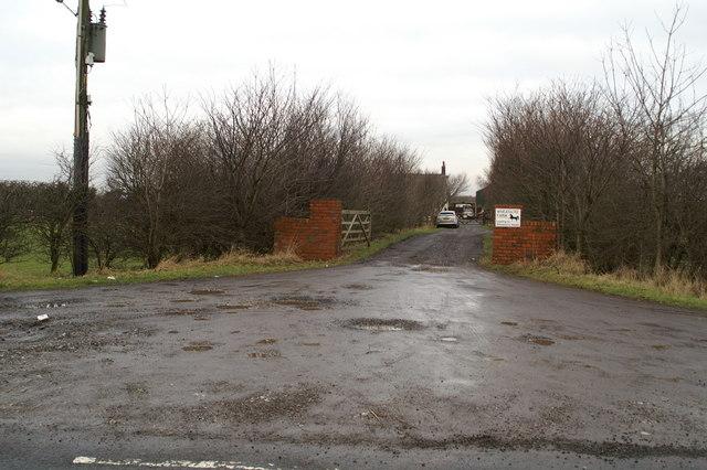 Entrance to Wheatacre Farm