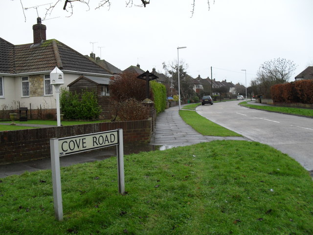 Top end of Cove Road