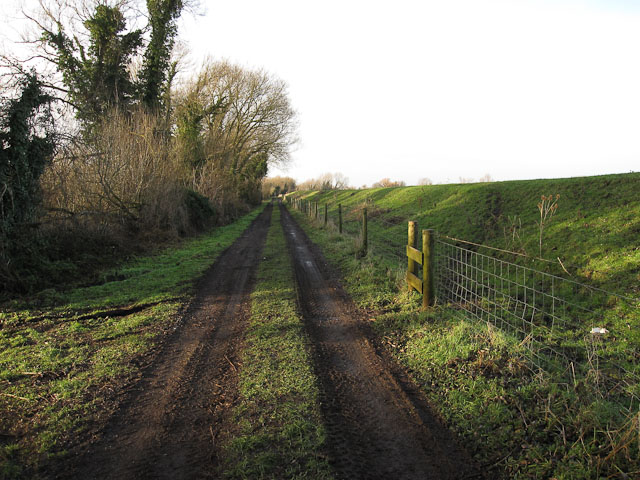 Track along Isleham Wash