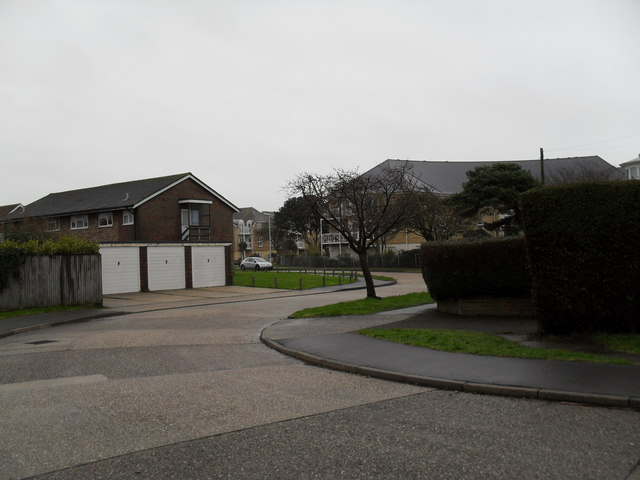 Bend in Hawley Road (2)