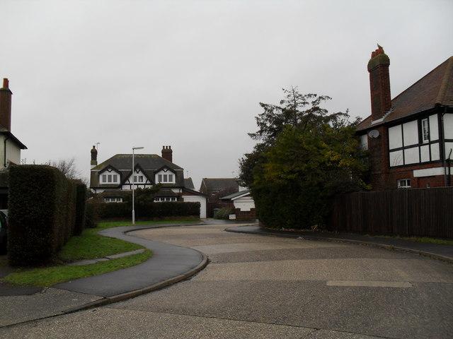 Bend in Hawley Road (4)