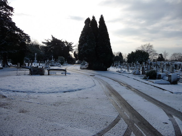 Waterfall Road Cemetery, London N14