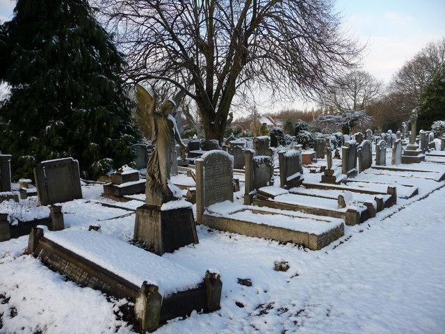 Waterfall Road Cemetery, London N14