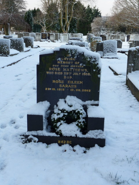 Matthews Family Grave, Waterfall Road Cemetery, London N14