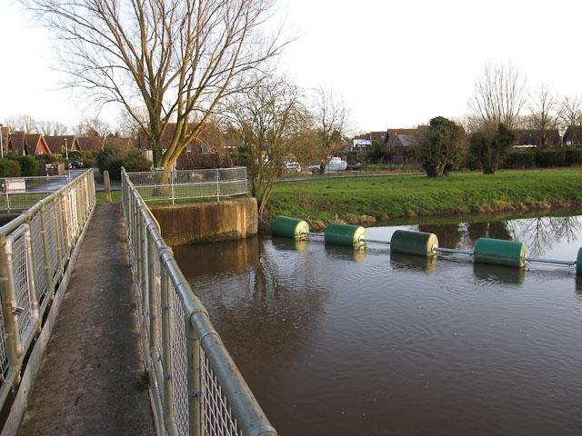 Isleham Sluice Weir