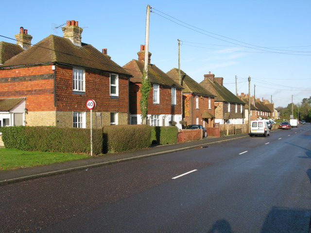 Houses along the A20 at Barrowhill