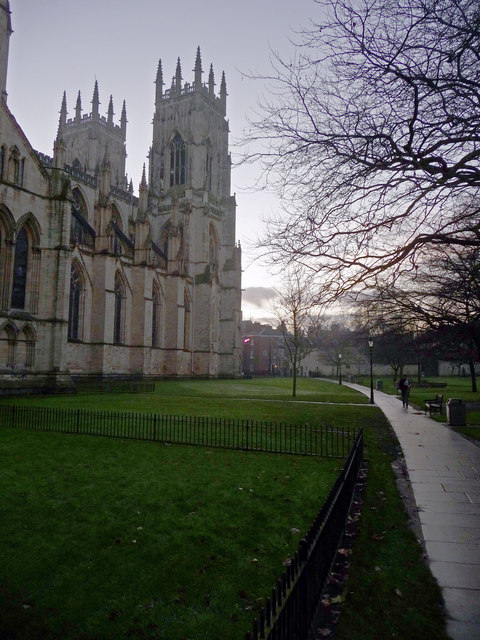 Dean's Park and York Minster