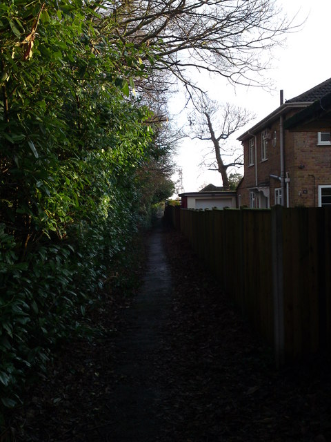 Footpath running in front of Moorhill Gardens