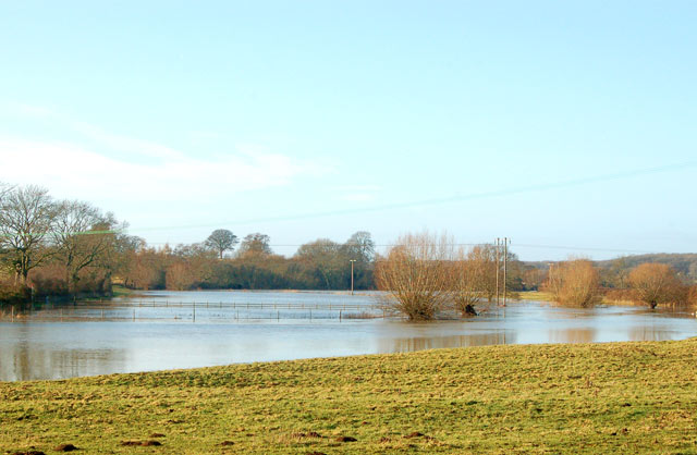 Looking west along the flooded River Leam, Marton
