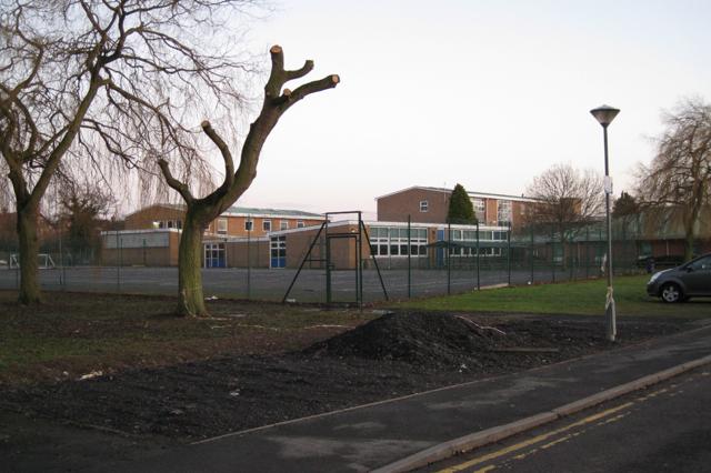 Kenilworth School, Leyes Lane (2)