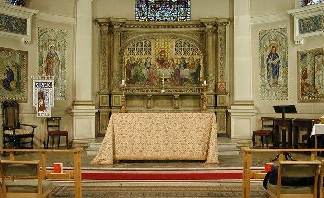 Holy Trinity, Great Portland Street, London W1 - Sanctuary