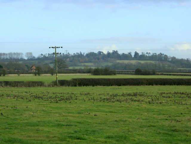 2010 : Over fields south east of Woodrow Road
