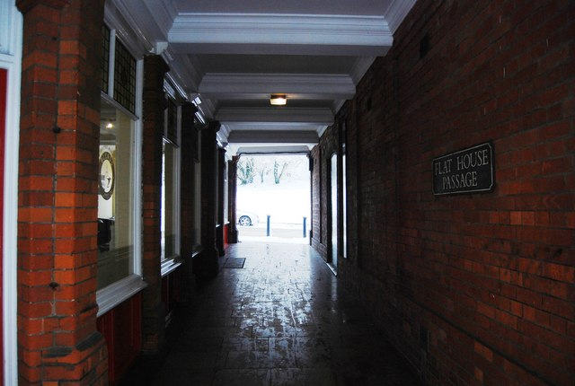 Flat House Passage, The Pantiles