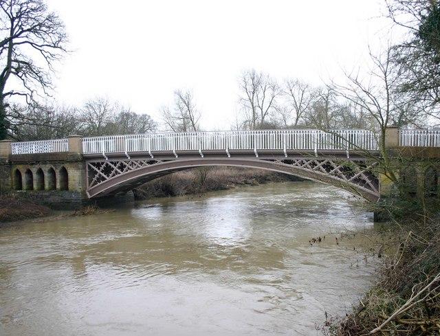 Hampton Lucy Bridge
