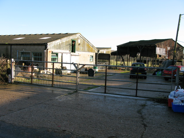 Entrance to Little Goldwell Farm