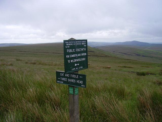 Peak and northern footpath sign
