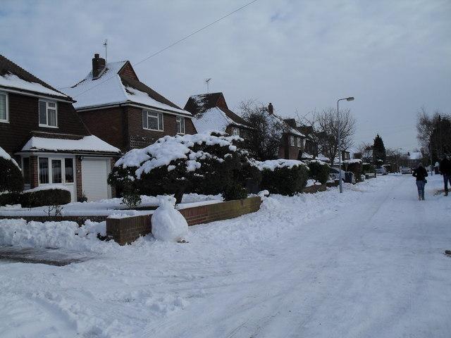 Looking eastwards along a snowy Pembury Road