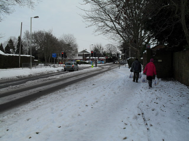 Trudging through the snow in Emsworth Road