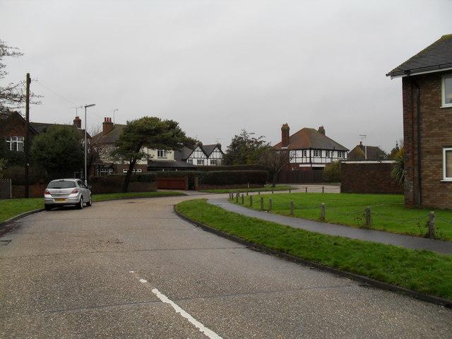 Bend in Hawley Road (5)