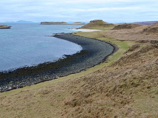 Bay north of Camas Ban