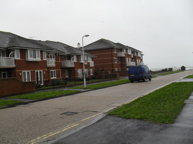 Flats in Harsfold Road