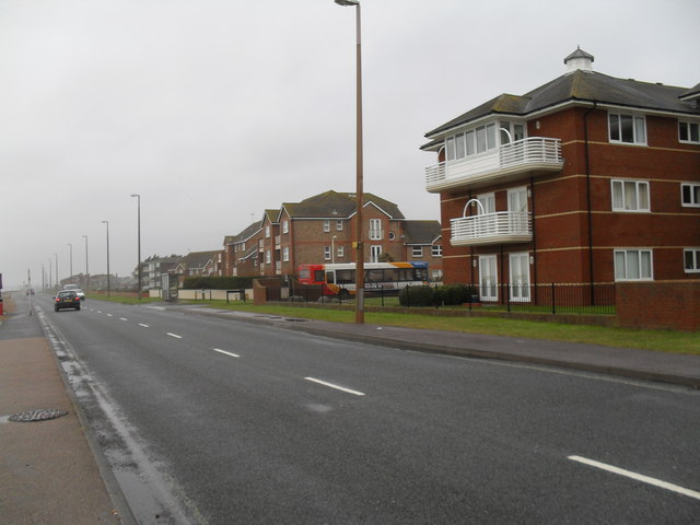 Lampposts in Sea Road