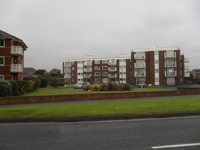 Flats with a view of Rustington Beach