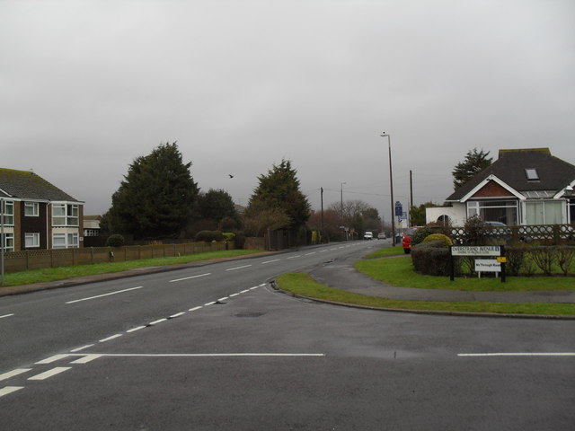 Looking from Overstrand Avenue into Sea Lane