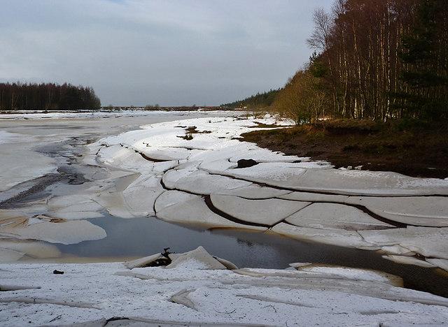 Ice on Harlaw Reservoir