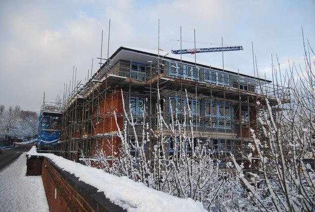 Flats being built, Grosvenor Bridge