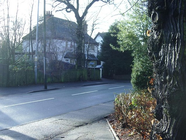 Approach to footpath on Penns Lane