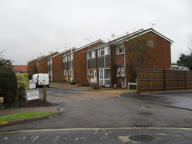 Houses in Hawthorn Close