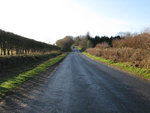 View along Calleywell Lane towards Aldington