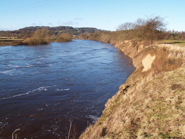 River Tyne upstream of A69 road bridge west of Hexham