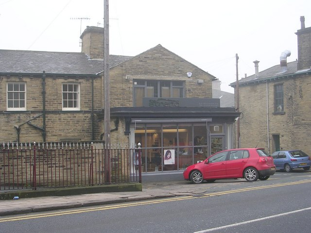 Strand hairdressing - Saltaire Road