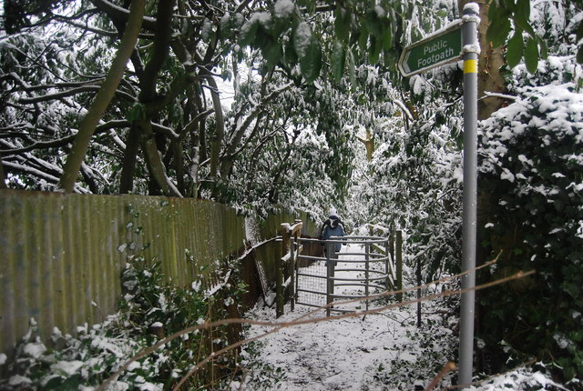 Kissing Gate, Footpath off Broomhill Rd