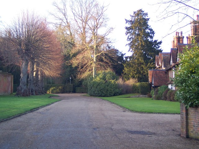 Access road to Chevening House and Estate