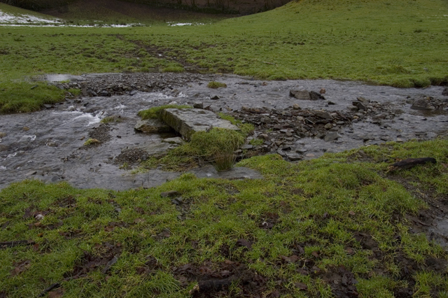 Footpath from Wood farm