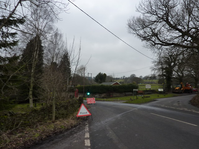 Road works and Flood Sign on New Road, Millthorpe