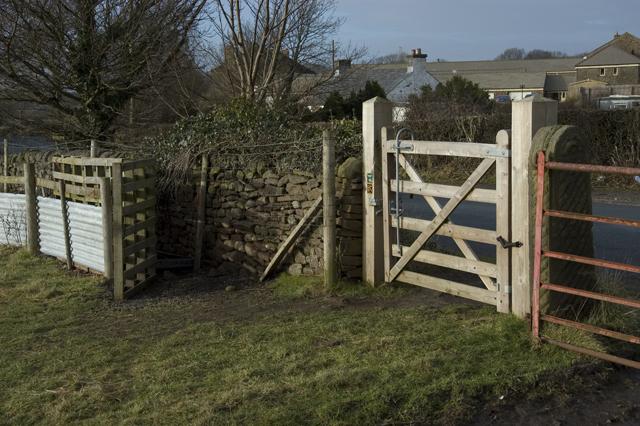 Gate and sheep pen, Hazelhurst Lane