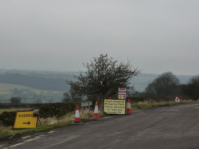 Road closed, at Bole Hill