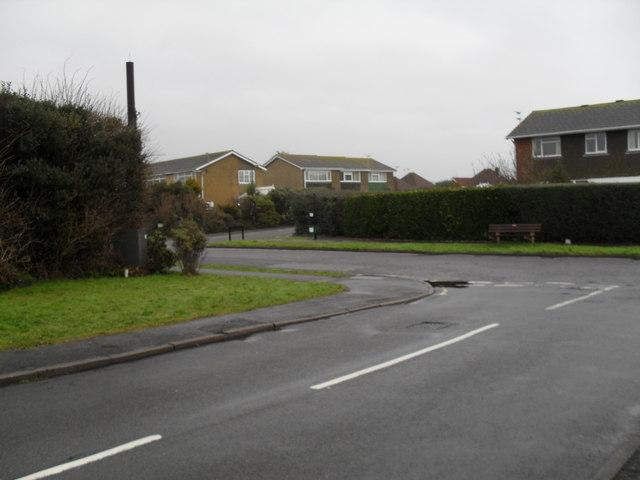 Junction of Shaftesbury Road and Broadmark Lane
