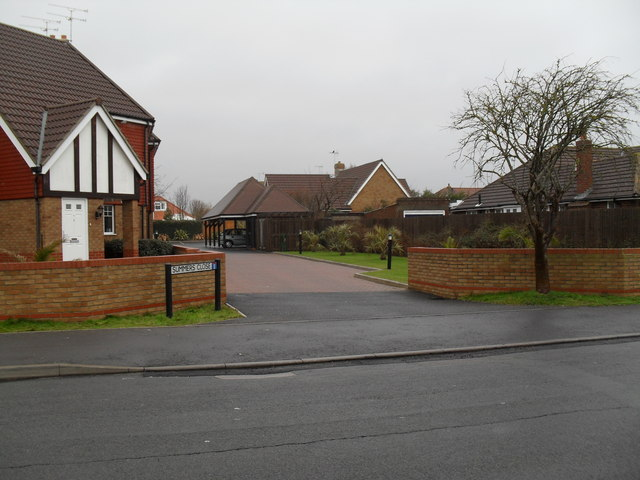 Looking from Shaftesbury Road into Summers Close