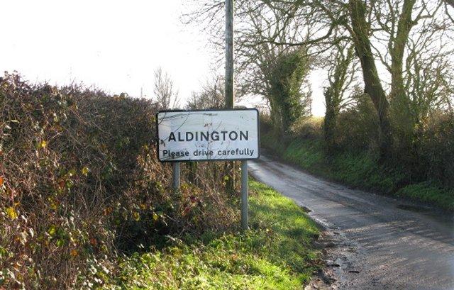 Entering Aldington on Bank Road