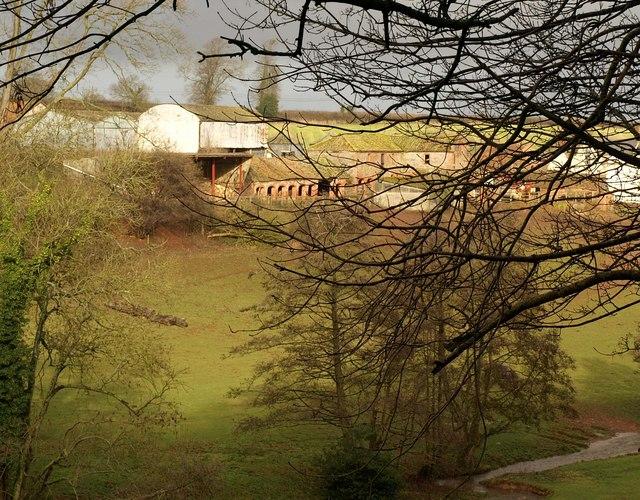 Outbuildings, Boomer Farm