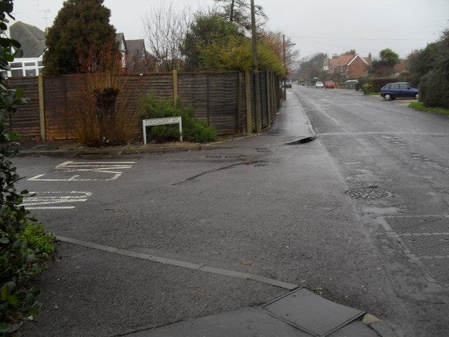 Junction of Knightscroft Avenue and Broadmark Lane