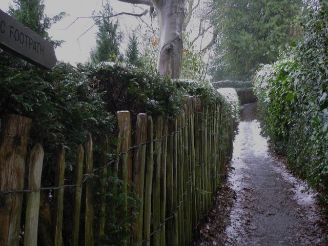 Snowy footpath in Haslemere